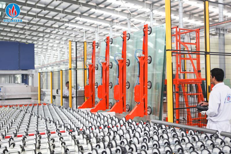 Ảnh 2: Dây chuyền sản xuất kính tiết kiệm năng lượng Viglacera