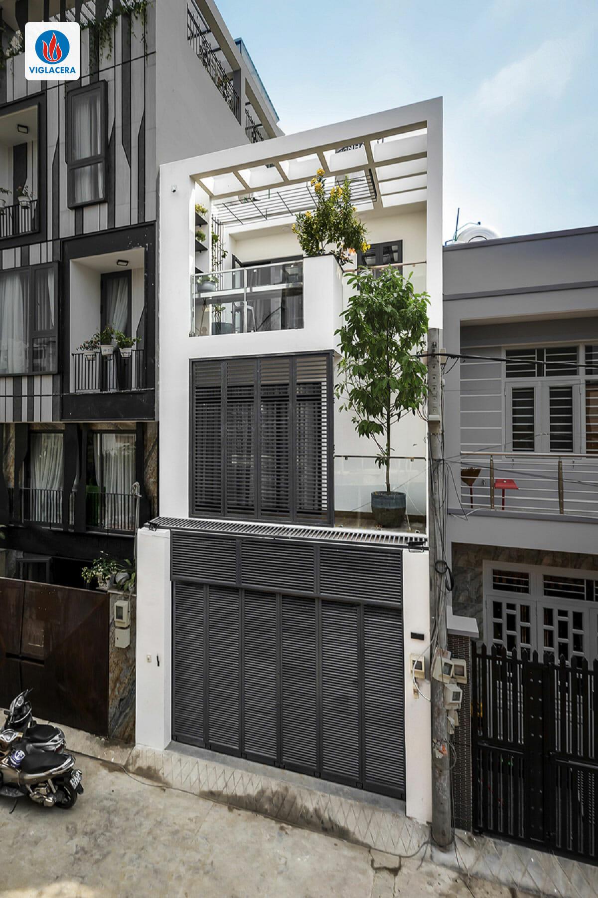 Mặt tiền nhà Mai Hương mang dáng dấp hiện đại của các nhà phố